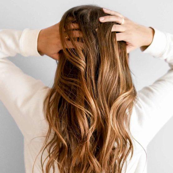Productos anticaspa de Cantabria Labs para el cabello